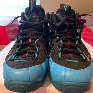 Nike Shoes - Nike Spider-man Foamposites